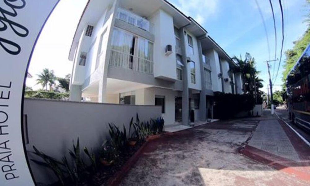 Caravaggio Praia Hotel